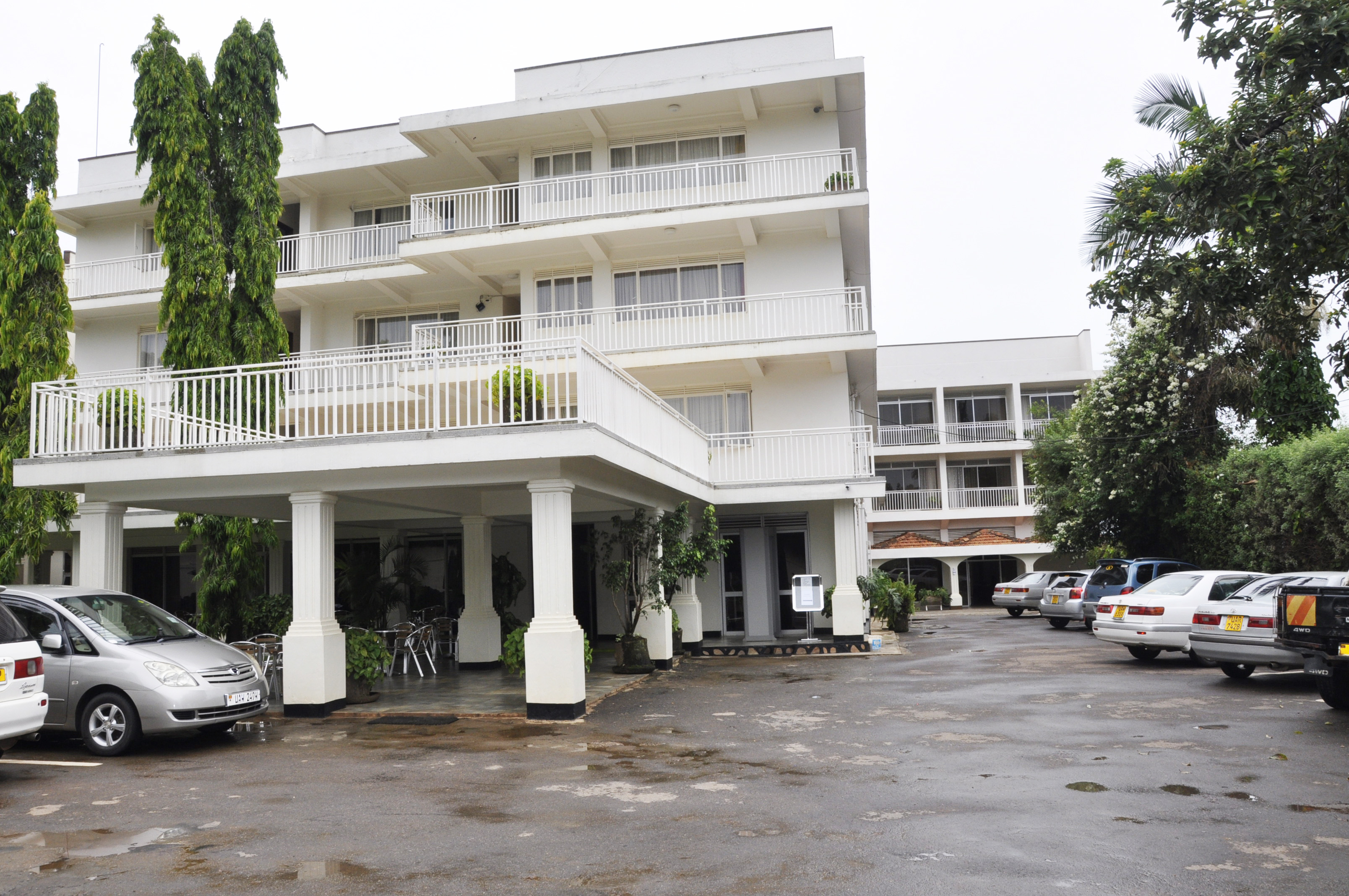 HOTEL BROVAD LTD FRONT VIEW