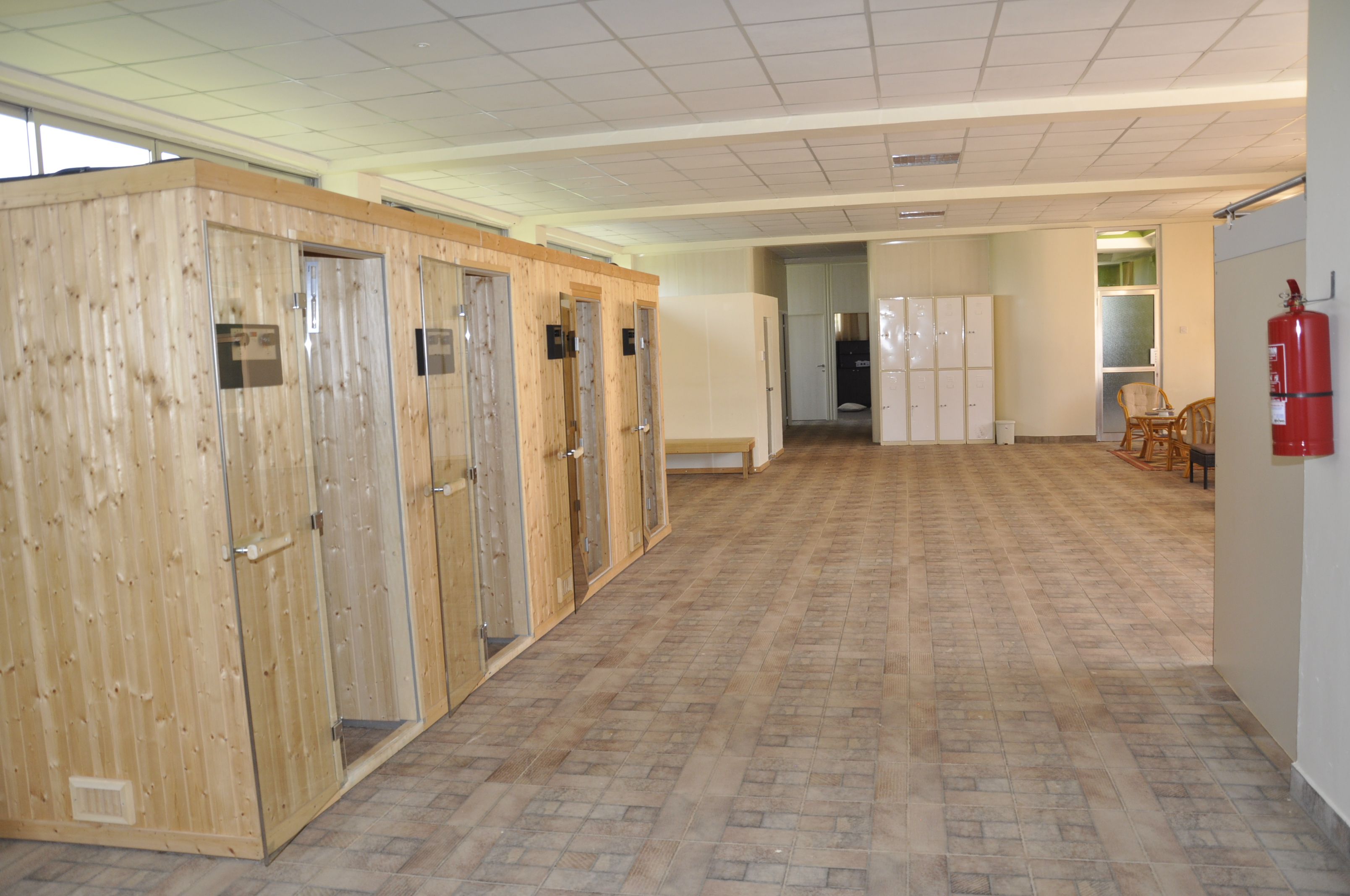 SPACIOUS SAUNA AND STEAM BATH CENTRE