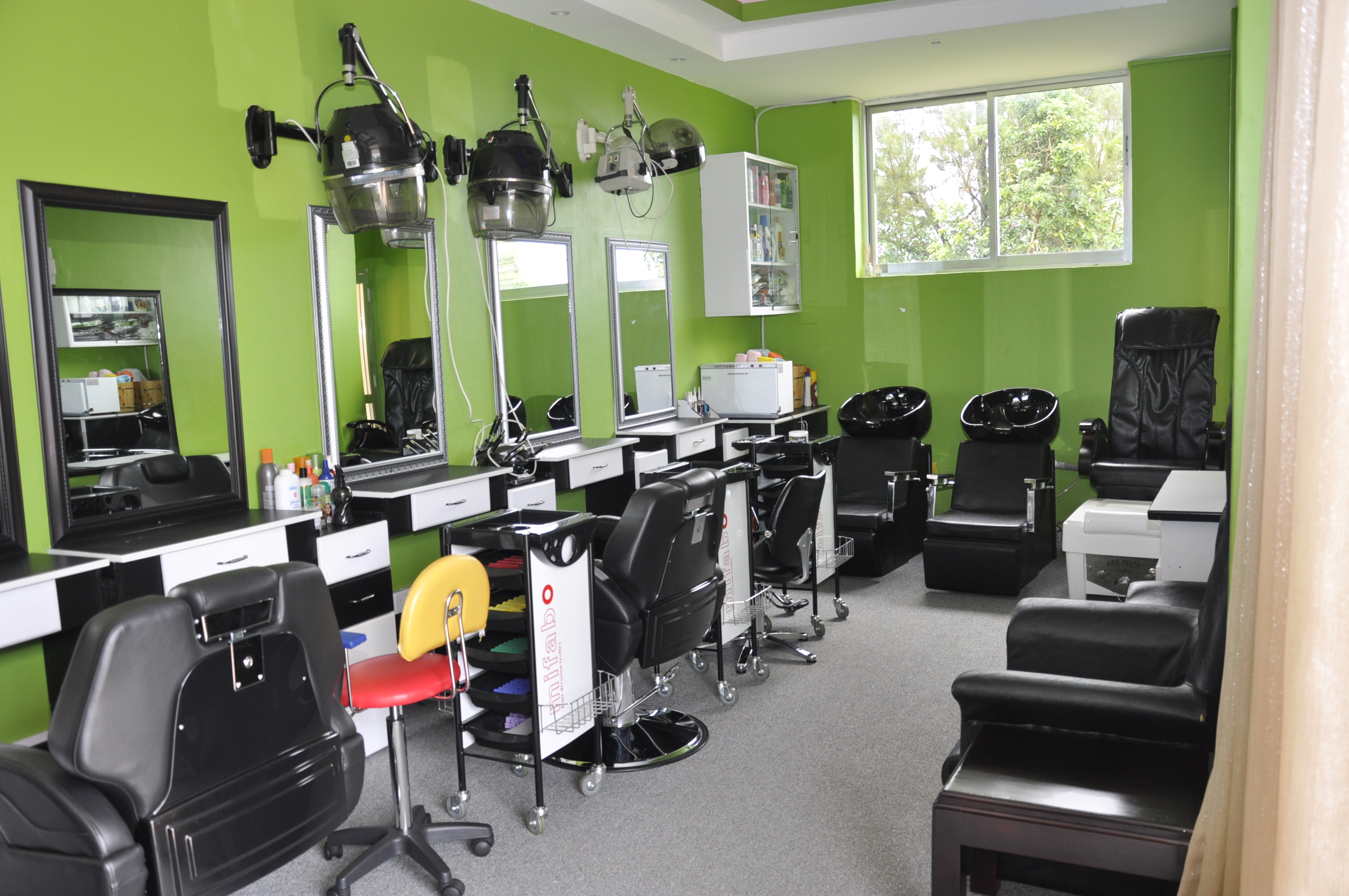 BARBER SEATS, DRYERS AND BATH CHAIRS