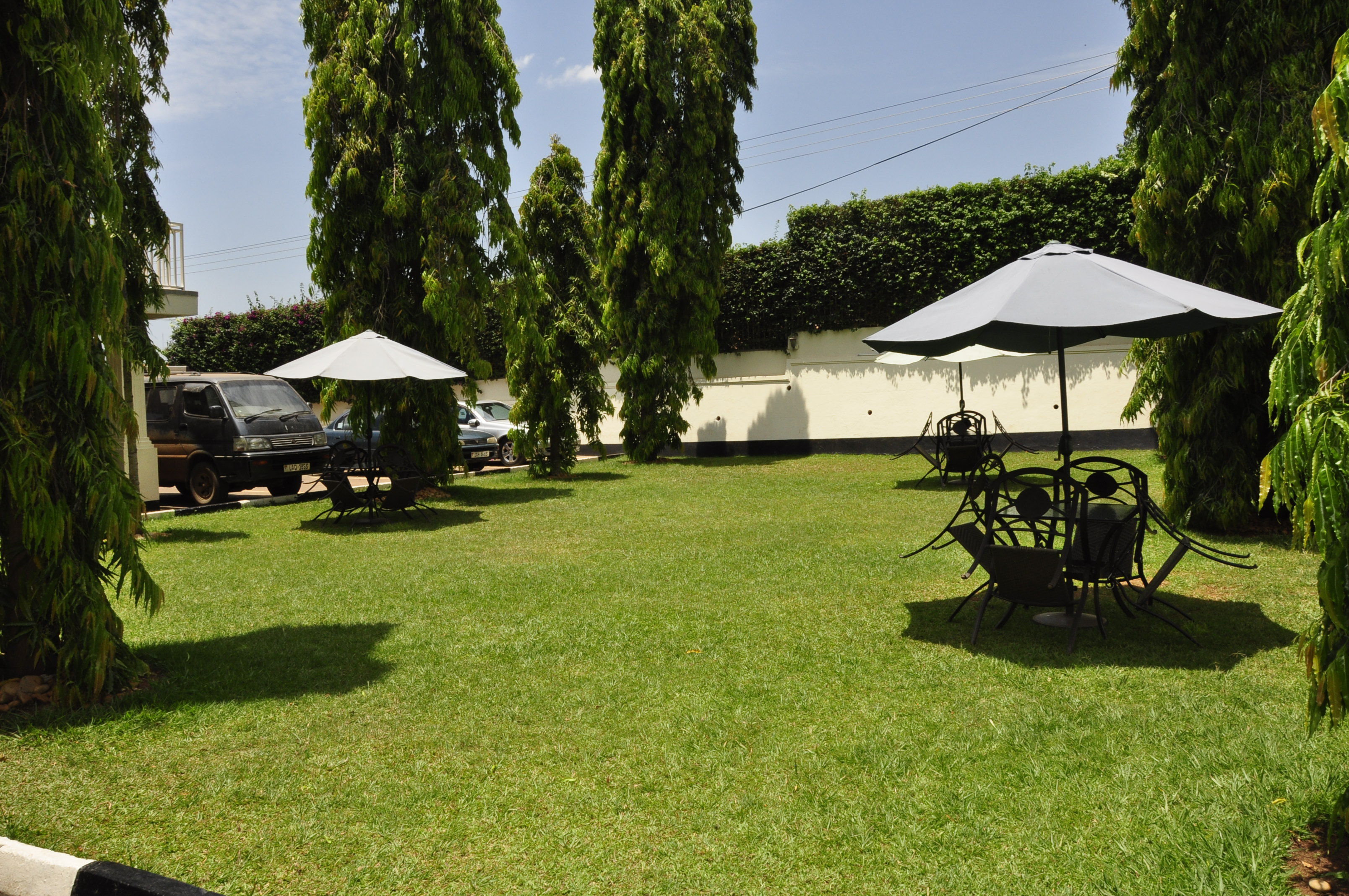 FRONT COMPOUND FOR SMALL PARTIES